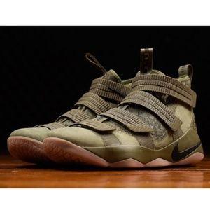 NEW Nike  LeBron Soldier XI 11 SFG Green Camo